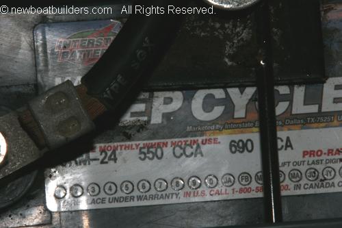 Battery4.JPG (162520 bytes)