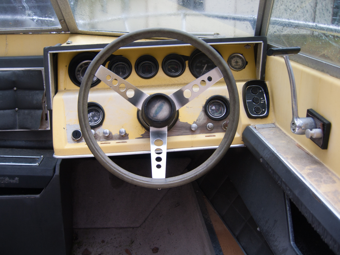 1972 Sea Ray Interior