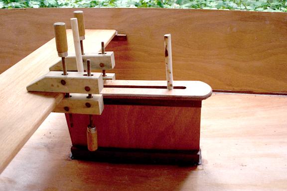 Centerboard trucnk